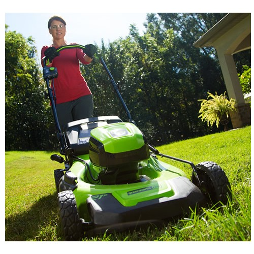 Greenworks GD60LM46SP 60v Self-Propelled Cordless Mower c/w Battery and  Charger